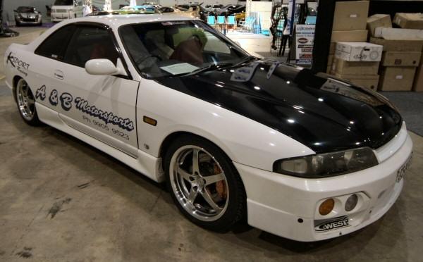 Nissan_R33_Skyline_140