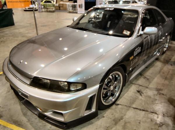 Nissan_R33_Skyline_155