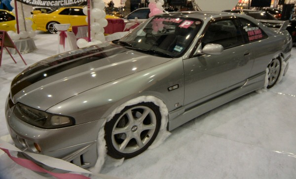 Nissan_R33_Skyline_204