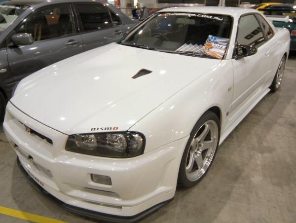 Nissan_Skyline_R34_176