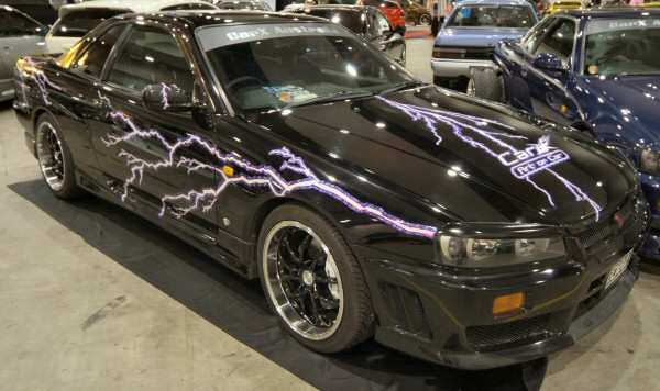 Nissan_Skyline_R34_189