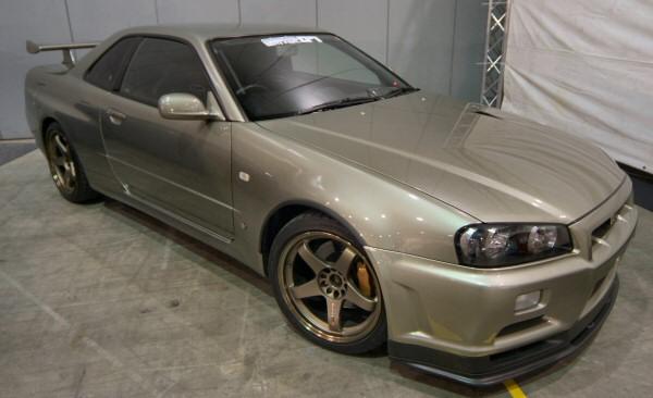 Nissan_Skyline_R34_GTR_NUR_019